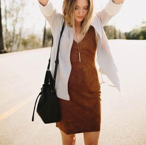 Aritzia Wilfred Free Jones Dress